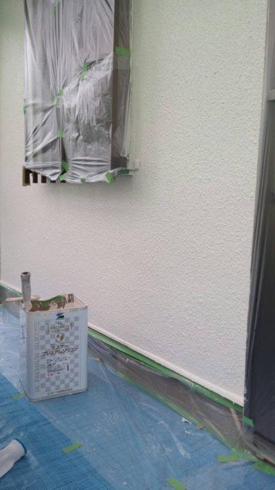藤沢市K様邸でサンルームの外壁を塗り終わった写真